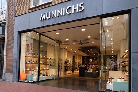 Munnichs Eindhoven - tel: 040-2445046